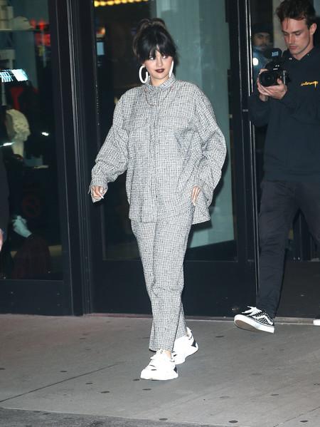 Selena Gomez Look Street Style 01