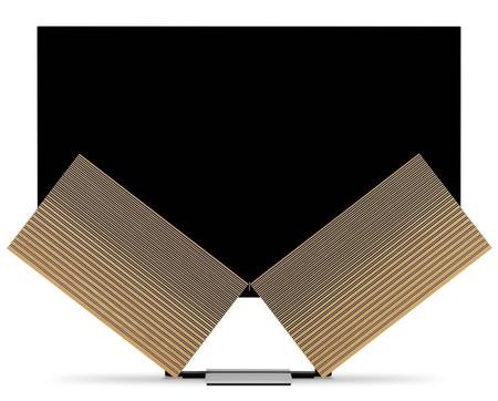 Un televisor OLED con altavoces que se despliegan como alas de mariposa: así es Beovision Harmony, lo nuevo de Bang & Olufsen