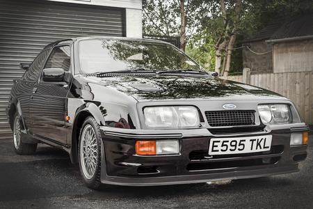 Se vende Ford Sierra Cosworth RS500 con sólo 17.000 kilómetros