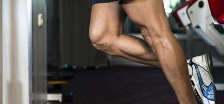 Cinco ejercicios para trabajar las piernas en el salón de tu casa