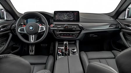 BMW M5 2021 10