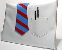 Camisa y corbata para tu portátil