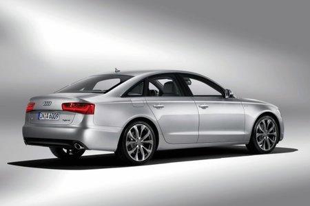 Audi A6 hybrid trasera