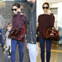 El look de Victoria Beckham en el aeropuerto de Heathrow