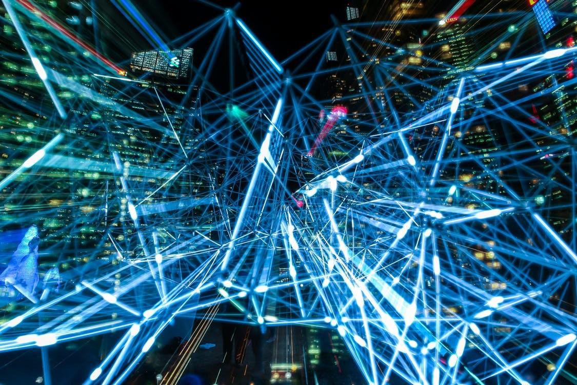 La Estrategia Digital Europea y el Libro Blanco de Inteligencia Artificial ya son oficiales: estas son sus claves
