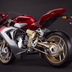 Foto 2 de 10 de la galería mv-agusta-f3-serie-oro-nueva-generacion-de-la-elegancia-italiana en Motorpasion Moto