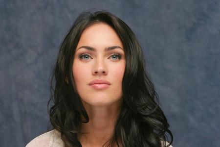 Critican a la actriz Megan Fox por permitirle a sus hijos llevar el cabello largo