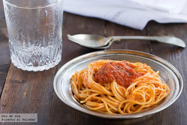 Receta de espaguetis con salsa de vodka