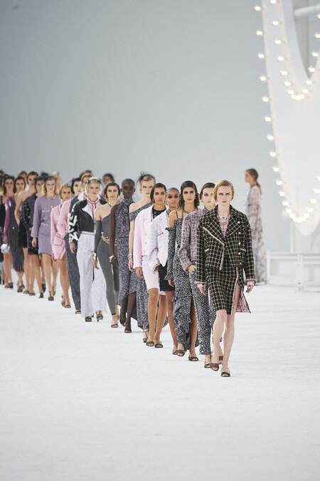 La Semana de la Moda de Paris llega a su fin con los desfiles de Chanel, Miu Miu y Louis Vuitton