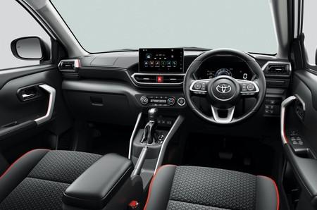 Toyota Raize 7a