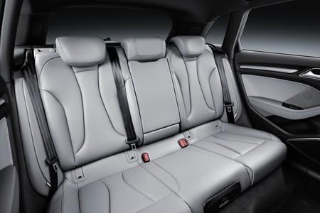 Comparativa Audi A3 Mercedes Benz Clase A 19