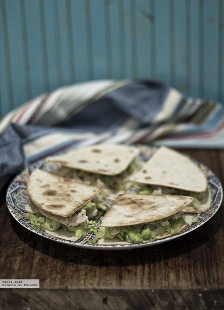 Quesadillas de pavo y aguacate. Receta con y sin Thermomix ideal para cenar viendo una peli