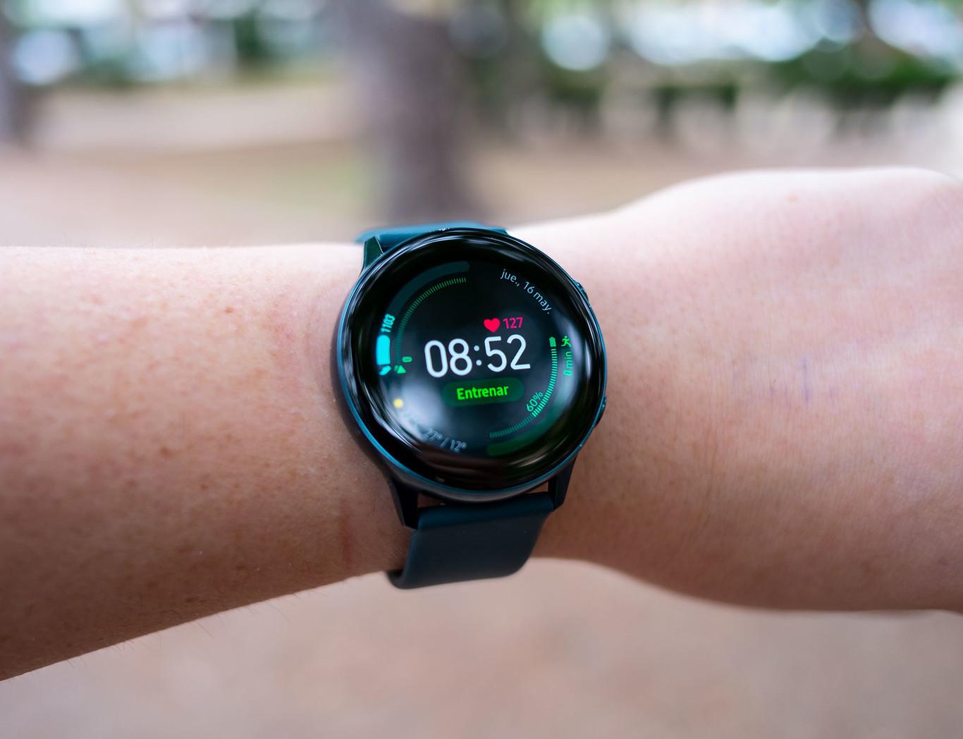 Samsung Galaxy Watch Active, análisis: al smartwatch de Samsung le ha sentado muy bien hacerse deportista