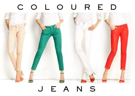 Los pantalones pitillo de colores inundan las tiendas, ¿te atreves con ellos?