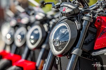 Ducati Monster 2021 026