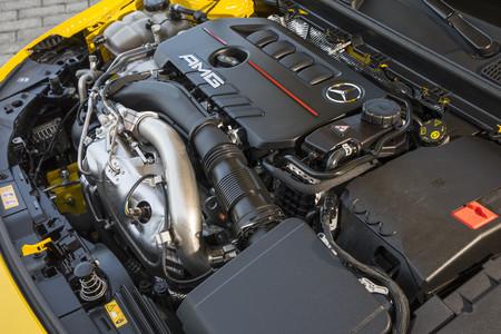 Mercedes-AMG A35 motor