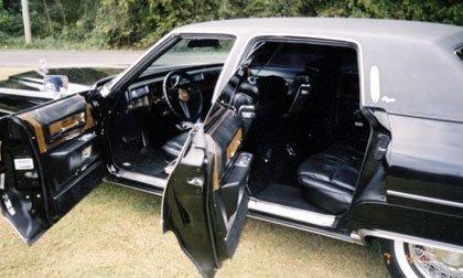 1975 Cadillac Fleetwood 4 Door Sedan