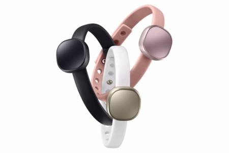 Samsung Charm, la nueva smartband que no está peleada con la moda