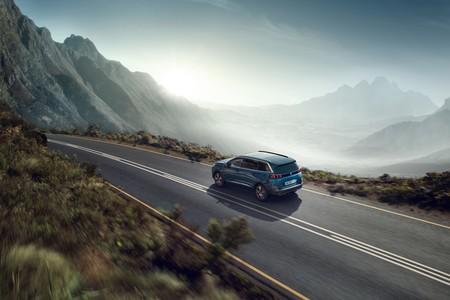Peugeot 5008 2021 06