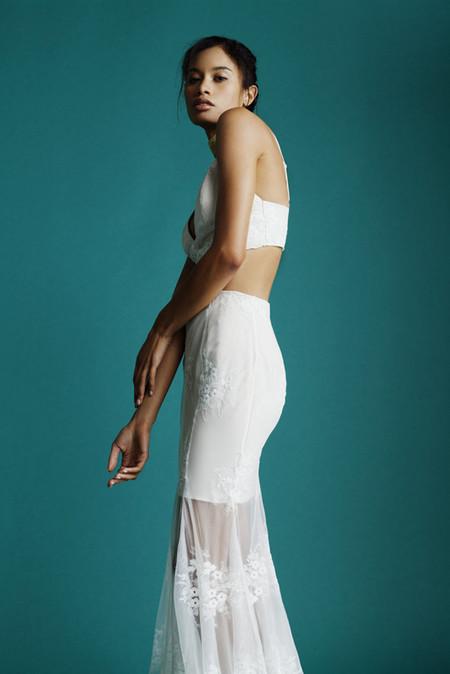 En 2017 no tendrás que dejarte la herencia en tu vestido de novia gracias a la colección de boda de Missguided