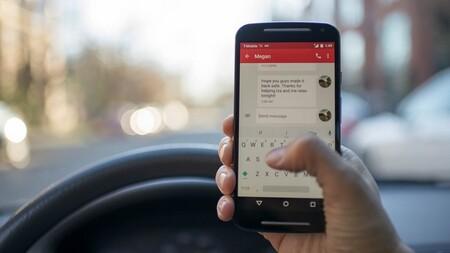 La nueva Ley de Tráfico es inminente: seis puntos por usar el móvil y se mantiene el margen de 20 km/h para adelantar