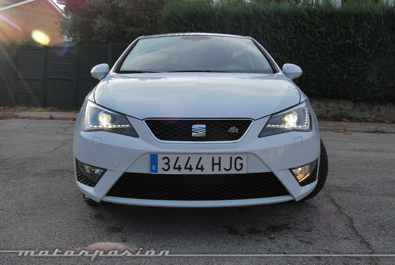 Foto de SEAT Ibiza 1.2 TSI FR (prueba) (2/33)