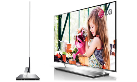 """LG 55EM9600 OLED TV, o como meter un televisor de 55"""" en 4 mm de grosor"""