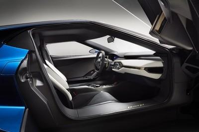 Ford busca un nuevo impulso con la fibra de carbono