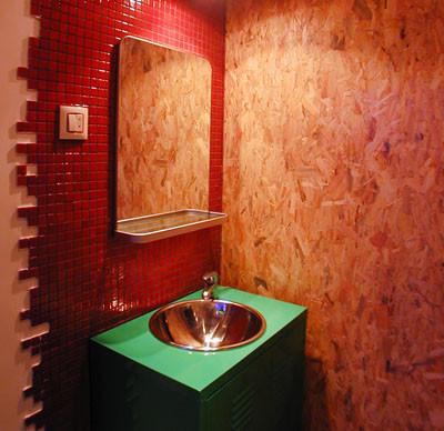 Dale dinamismo a tu baño con la colocación de los azulejos
