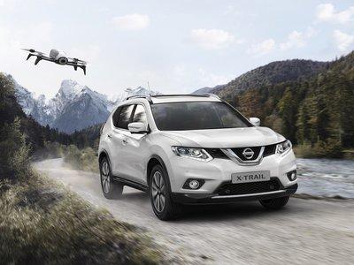 """Y mientras tanto, del otro lado del """"charco"""", el Nissan X-Trail recibe una edición especial que incluye un dron"""
