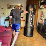 Entrenar boxeo de forma conectada y en tu salón: probamos Volava Boxing, una alternativa para mantenernos en forma en casa