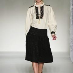 Foto 16 de 43 de la galería moschino-primavera-verano-2012 en Trendencias