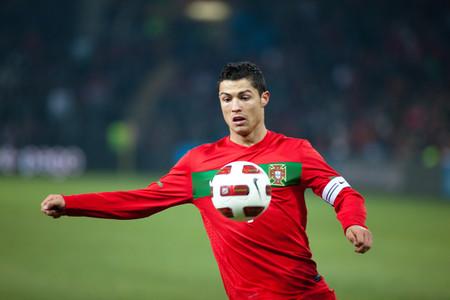 Los cuestionables brokers patrocinadores de futbolistas estrella como Cristiano Ronaldo