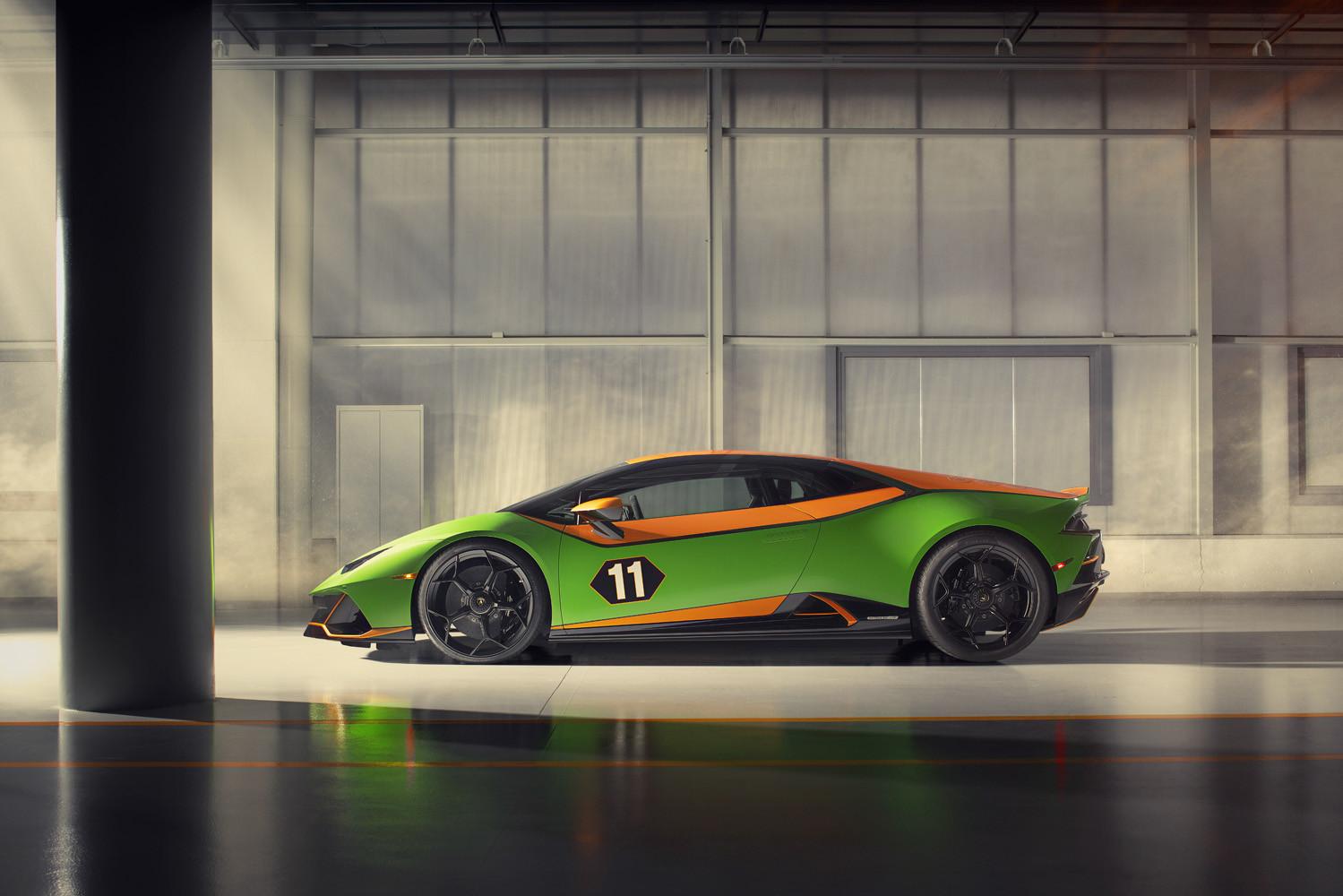 Foto de Lamborghini Aventador SVJ 63 Roadster y Huracán EVO GT Celebration (24/26)