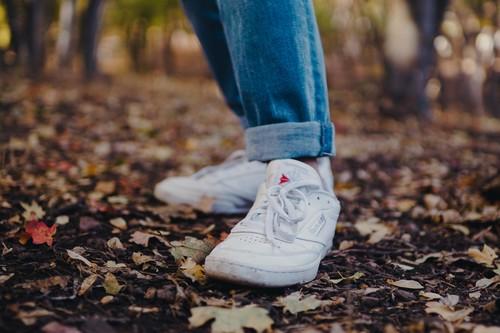 Las mejores ofertas de zapatillas para aprovechar el código descuento en Reebok: Royal, Lite o Club C más baratas