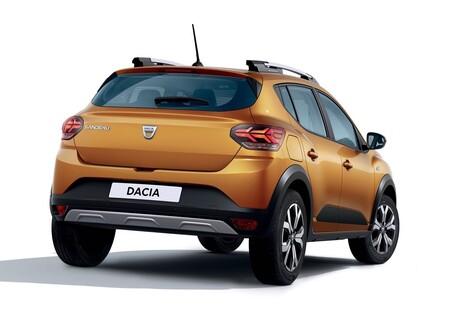 Dacia Sandero Stepway 2021 3