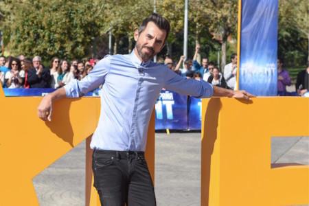 Santi Millán fracasa rotundamente en su arranque como presentador. ¿Pasaba por allí?