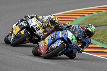 Franco Morbidelli gana el pulso de Moto2 el viernes bajo el asedio de Thomas Luthi