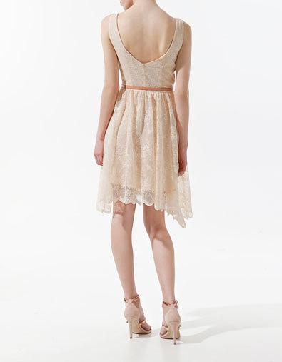 Foto de Los 15 vestidos de Zara que marcan tendencia esta Primavera-Verano 2012 (19/22)