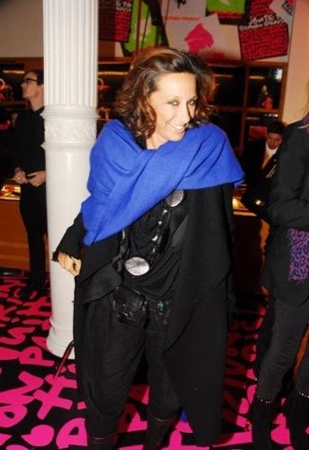 Donna Karan en la fiesta de Louis Vuitton a Stephen Sprouse en el SoHo