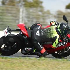 Foto 17 de 33 de la galería bridgestone-battlax-hypersport-s22-2019-prueba en Motorpasion Moto