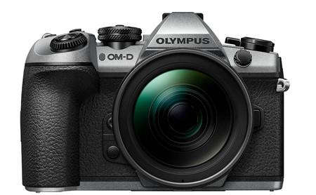 Olympus presenta una edición limitada de la OM-D E-M1 Mark II y el nuevo flash FL-700WR para celebrar su centenario