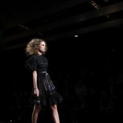 Foto 42 de 126 de la galería alma-aguilar-en-la-cibeles-madrid-fashion-week-otono-invierno-20112012 en Trendencias