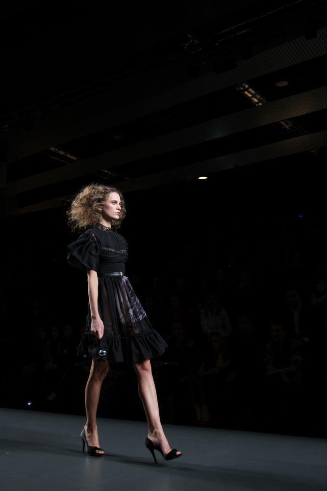 Foto de Alma Aguilar en la Cibeles Madrid Fashion Week Otoño-Invierno 2011/2012 (42/126)