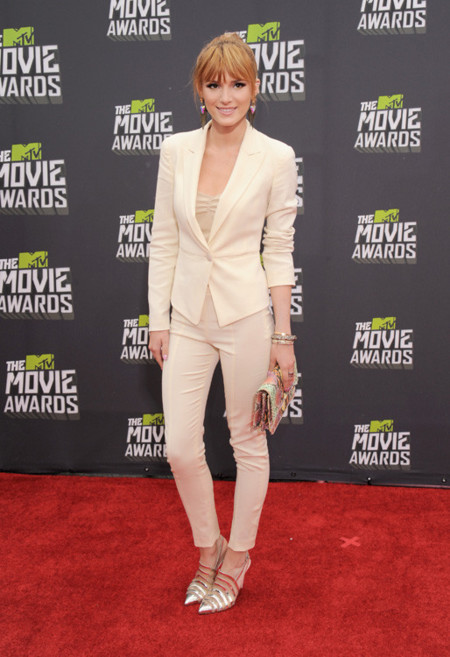 Bella Thorne mtv movie awards 2013