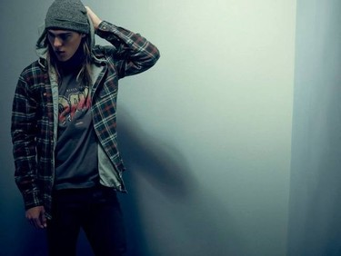 Pull & Bear nos avanza como será su otoño más grunge