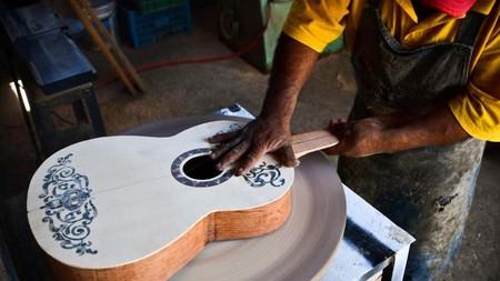 En México están fabricando guitarras de