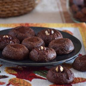 Receta de panellets de chocolate, la versión más golosa del tradicional dulce de Todos los Santos
