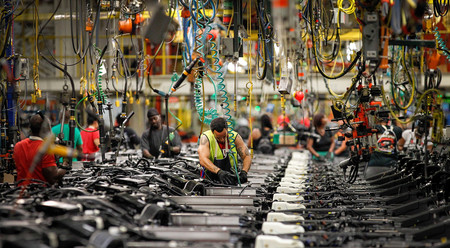 General Motors atraviesa una huelga masiva que paraliza las factorías de Estados Unidos