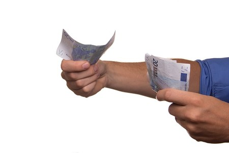 La covid-19 no ha tenido casi impacto sobre los salarios: los españoles ganan un 1,5 por ciento más que el año pasado